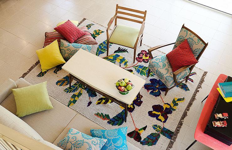 שטיח שאינו אחיד ומשטיח אלא יצירת אמנות עצמאית, אשר בוחרים להציב אותו במתכוון כמרכז הפוקוס שבחדר.